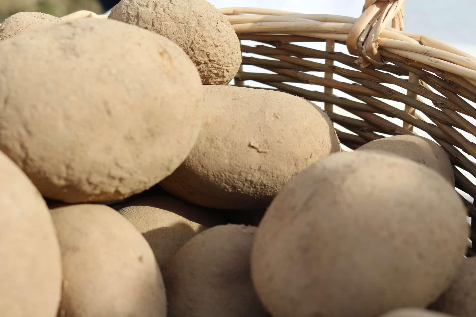 Mascarilla de patata para el rostro cuidados caseros - Cuanto tarda en cocer una patata ...