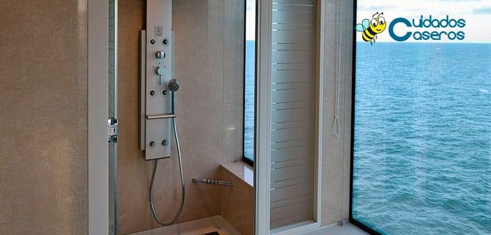 Limpiar la mámpara de la ducha de forma casera