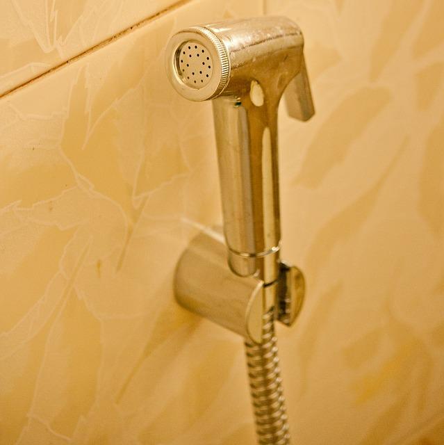 Limpiar la m mpara de la ducha de forma casera cuidados - Limpiar mampara ducha ...